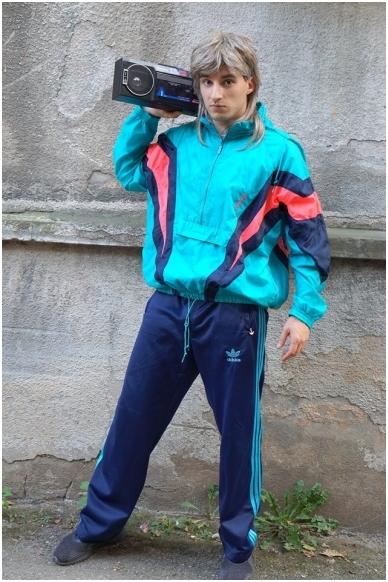 90-ųjų kostiumas