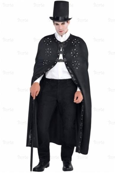 Juodas gotikinis apsiaustas