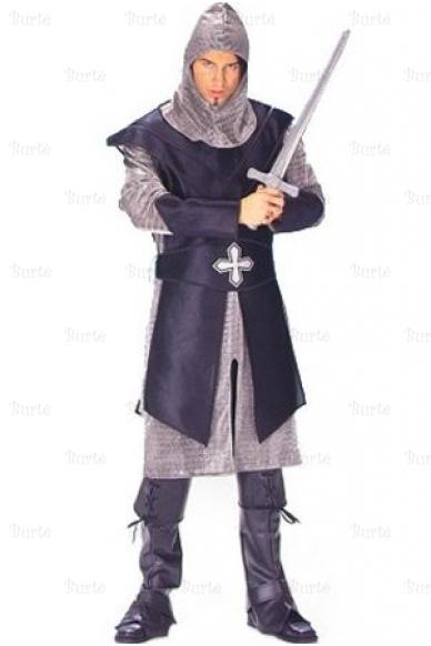 Juodojo riterio kostiumas
