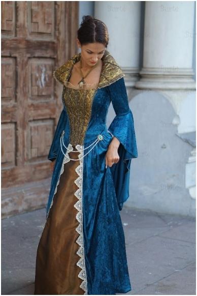 Karalienės suknelė 3