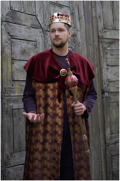 Lietuvos karaliaus kostiumas 2