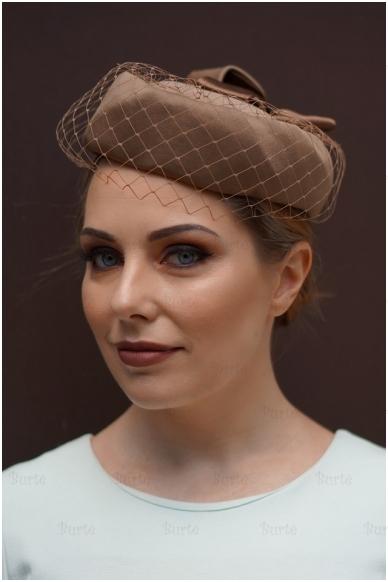 Rusva retro skrybėlaitė 3