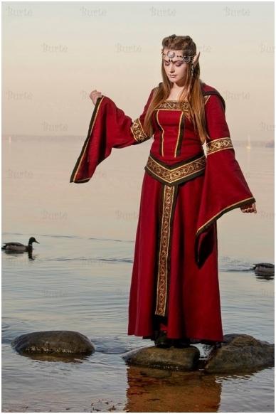 Viduramžių suknelė 6