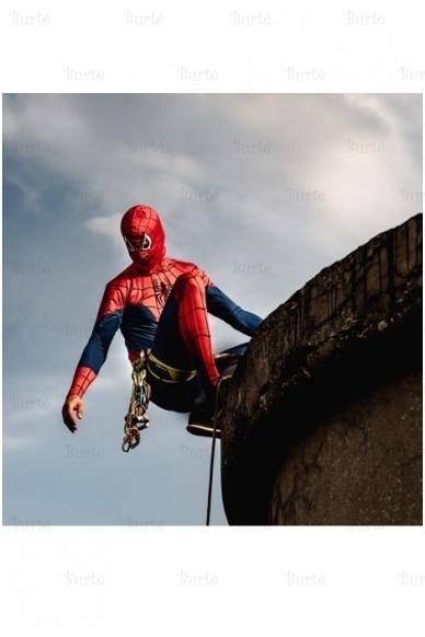 Žmogaus voro kostiumas 3